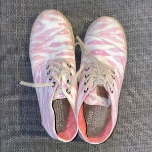 Toms pink high tops